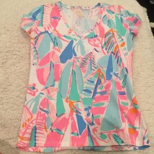 01b636bb66b58f Lilly Pulitzer Tops - LAST CHANCE !! Lilly Pulitzer Michele V Neck Tee